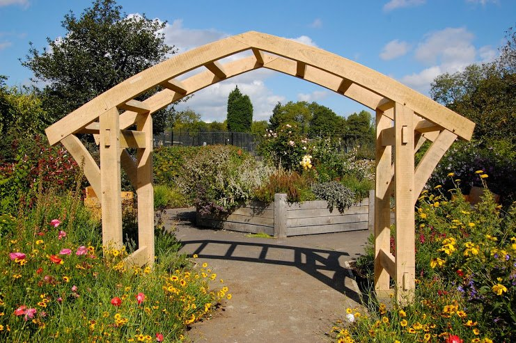 Arched Pergola - Hector and Cedric