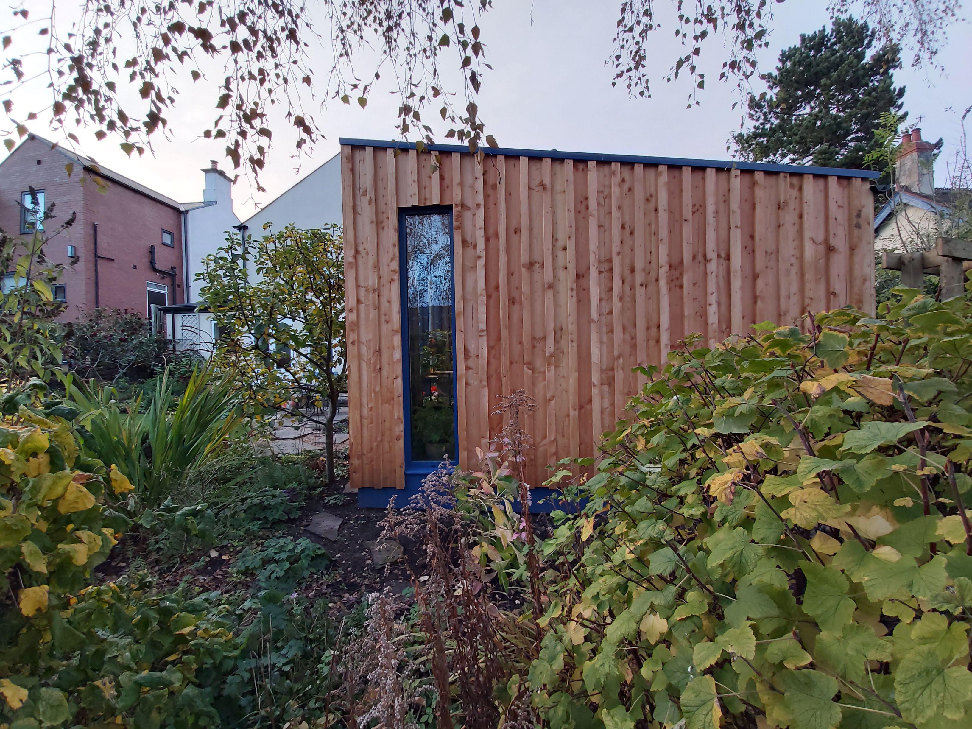 Garden Studio Clad in Larch